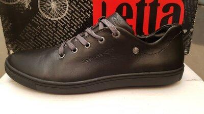 Подростковые кожаные туфли на мальчика,распродажа,38размер,черные