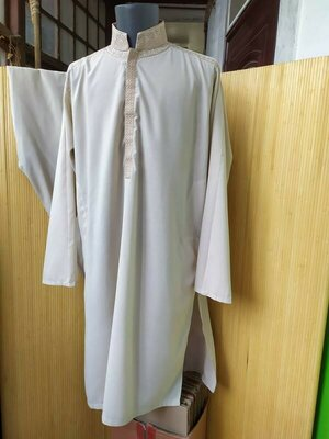 Костюм длинная рубашка с вышивкой дишдаш / джалаба / галабея и штаны