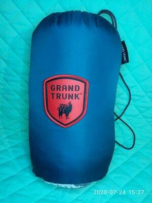 подушка туристическая Grand trunk