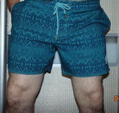 Стильние брендовие пляжние шорти капри Oneill.л
