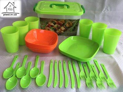Продано: Пластиковый набор для пикника на 6 человек ножи, ложки, вилки, стаканы, контейнер