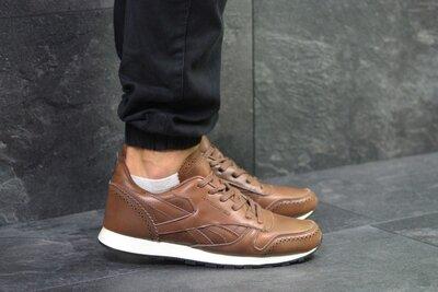 Кроссовки 42-43 размер, кожа натуральная Reebok