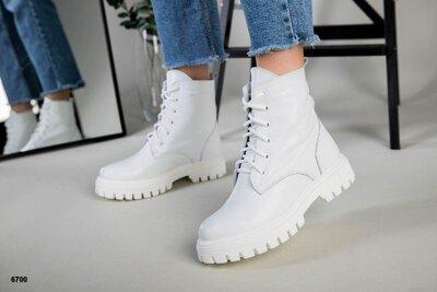 Черные, белые, бежевые Деми и Зима Стильные кожаные ботинки женские