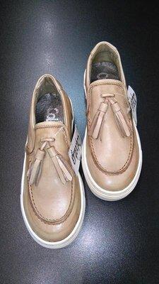 Слипоны, туфли с кисточками из натуральной кожи colpatuа бежевые, р. 31 20,0 см.