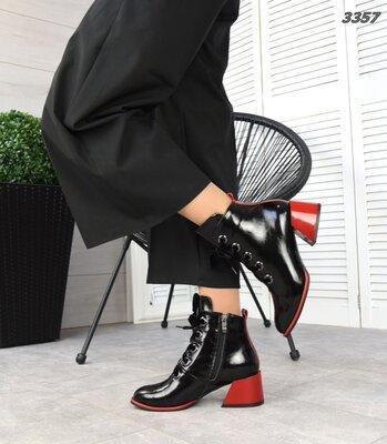 Женские натуральные кожаные лакированные замшевые ботильоны на шнуровке на устойчивом каблуке