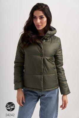 Осіння коротка куртка з капішоном Демисезонная женская куртка Стеганая куртка с капюшоном