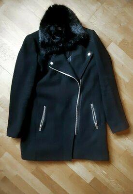Пальто черное зимнее унисекс