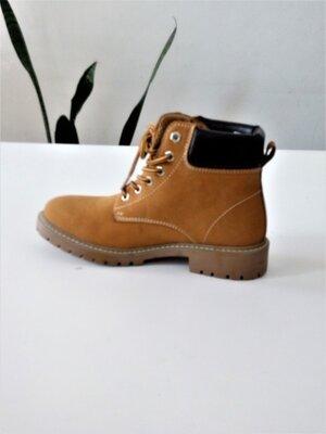 37 р скидки Кожаные стильные ботинки Crane