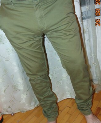Брендовие катоновие нарядние стильние брюки хаки Zara Зара .л-хл .