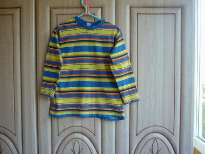 продам яркую котоновую трикотажную футболку с длинным рукавом