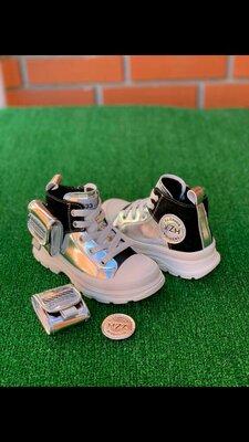 Ботинки утеплённые спорт на девочку с 27 по 37 размеры