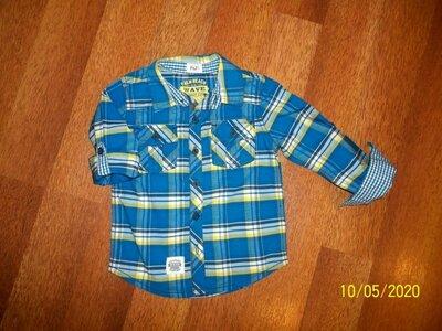 Продано: Рубашка F&F на 2-4г. в отличном состоянии.