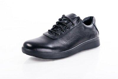 Кожаные туфли кроссовки L-120.