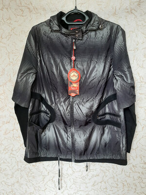 Продано: Женская Демисезонная Куртка Ветровка с капюшоном на флисе размер L/XL