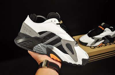Кроссовки мужские Adidas Streetball , белые с черным