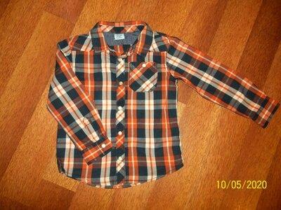 Рубашка на кнопках F&F на 3-5г. В отличном состоянии.