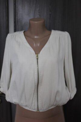 новая легкая текстильная куртка New Look размер S-M