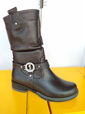 Зимние кожаные полусапожки на маленьком каблуке. Черные, коричневые. Днепр.