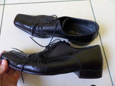 Venezia шкіряні туфлі 43р