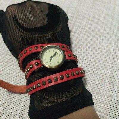Продано: Часы кожаный ремешок заклепки