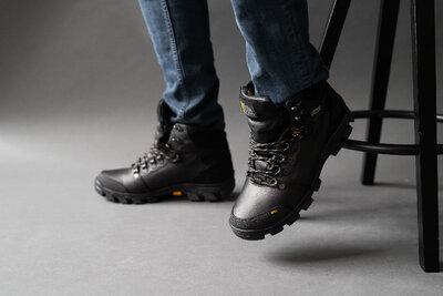 Мужские ботинки кожаные зимние черные Shark B153