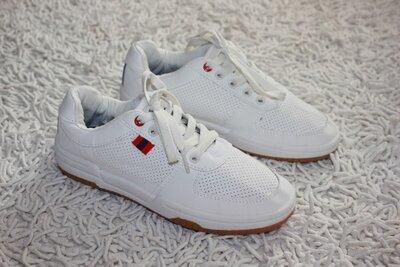 Стильные белые кроссовки туфли George размер 33 21,3 см по стельке