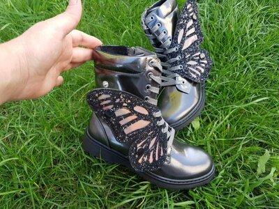 Детские демисезонные ботинки сапоги осенние весенние хайтопы с бабочкой стильные модные