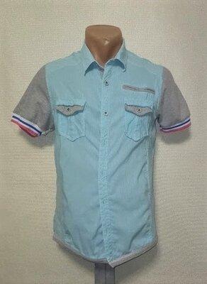 Стильная рубашка с коротким рукавом