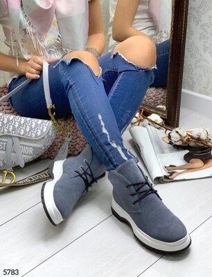 Женские натуральные кожаные замшевые чёрные серые ботинки на шнуровке на низком ходу