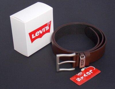 Мужской кожаный коричневый ремень levis 501