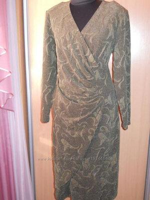 Платье красивого пошива из набивной ткани. 56 размер.