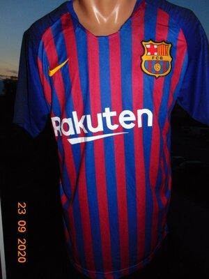 Спортивная футбольная футболка ф.к Барселона Nike. Messi.м-л
