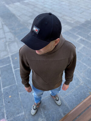 Брендовые кепки