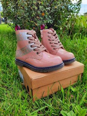 Продано: Демисезонные ботинки на девочку р.27-32 Weestep. Крутые