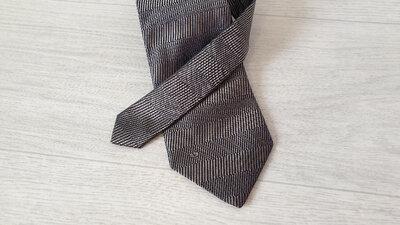 Valentino Шелковый галстук. Оригинал.