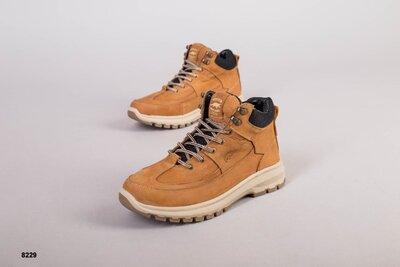 Код 8229 з Мужские зимние ботинки Размеры 40-45 Сезон зима Материал натуральная кожа Внутри пол