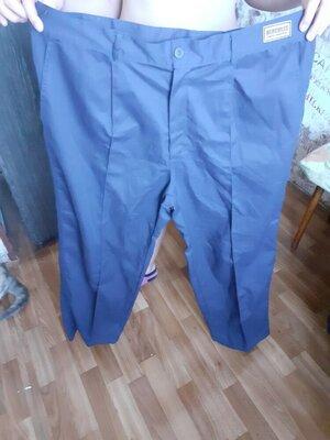 Продано: брюки рабочие из за границы в бёдрах 120-125см пояс 95-100см длина 105см