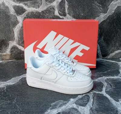 Женские кроссовки Nike Air Force 2020 г. белые,кожаные,осенние