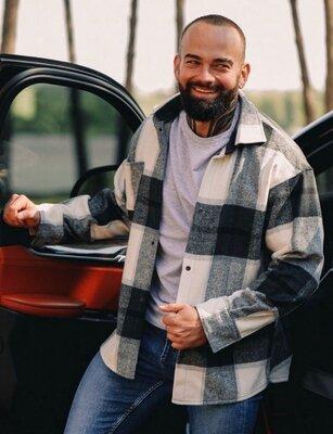 Новиночка Мужская рубашка в клетку Ткань плотная шерсть Размеры с-м и л-хл р1354