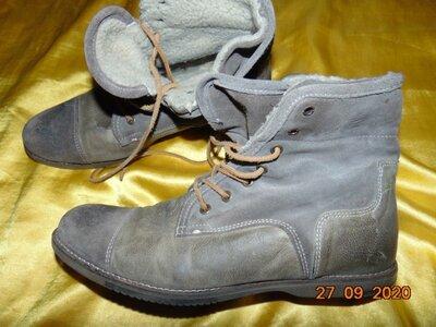 Зимние фирменние ботинки сапожки бренд Zign.42-43 .