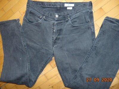 Катоновие стильние джинси брюки бренд .H&M.м-л