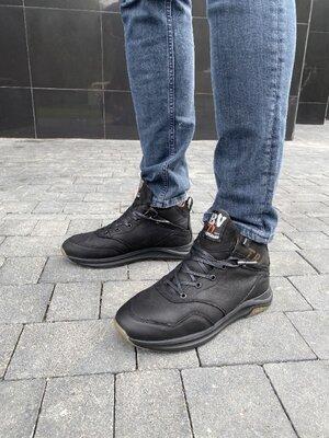 Мужские ботинки кожаные зимние черные Belvas 20135