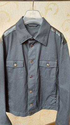 Актуальная куртка Moschino jeans original Italy