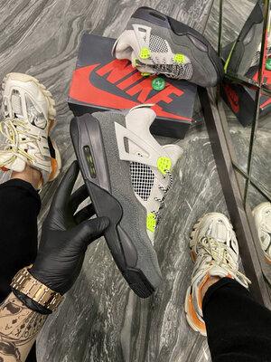 Nike Air Jordan 4 Retro SE Neon