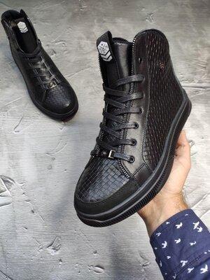 Фирменные брендовые очень крутые мужские зимние ботинки сапоги из натуральной кожи отменное качество
