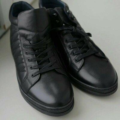 Купуй чоловічі якісні черевики