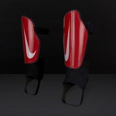 Продано: Оригинальные щитки футбольные детские nike youth charge 2.0 на рост 140-150 см
