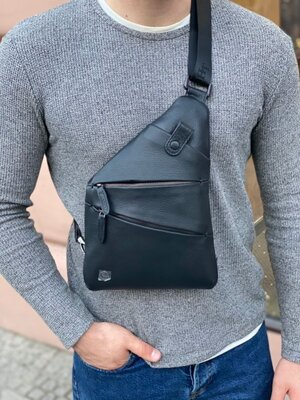 Мужская кожаная нагрудная сумка слинг H.T. Leather чоловіча шкіряна сумочка чёрная чорна