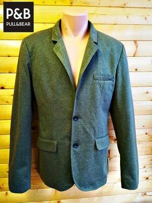 Стильный пиджак модного испанского бренда Pull & Bear.