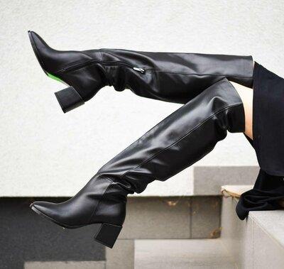 Сапоги ботфорты из натуральной кожи на толстом низком каблуке 6см